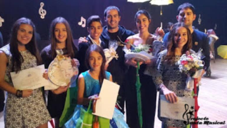 Joana Andrade e Pedro Pereira brilharam em concurso a nível nacional!