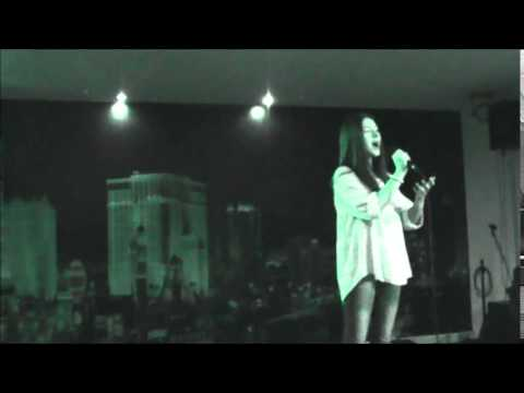 "Marta Costa ""One night only"" Jennifer Hudson"