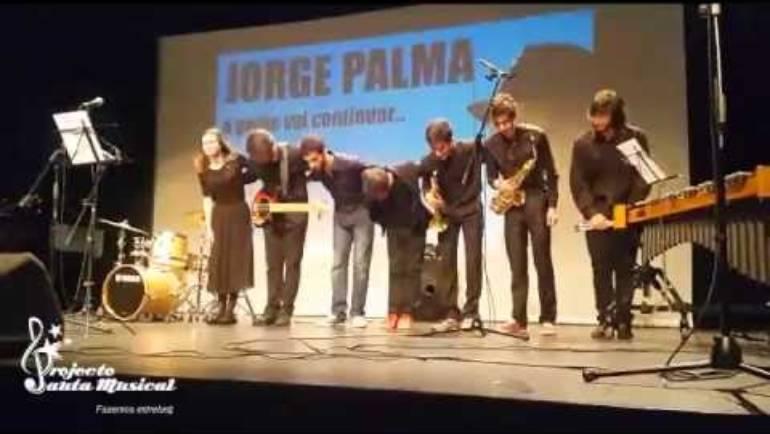 "José Luis Sampaio interpreta ""Os demitidos"" de Jorge Palma"