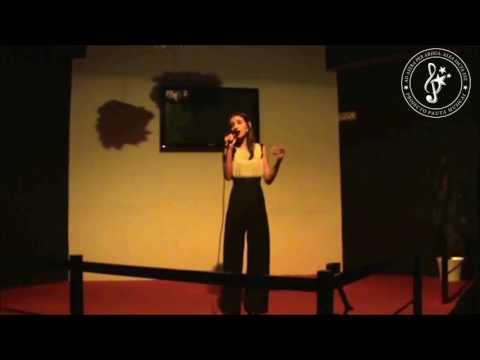 """Magali Vieira """"Povo que lavas no rio"""" Amália Rodrigues"""